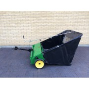 John Deere Sweeper 44""